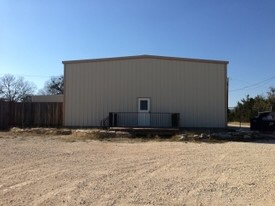 Liberty Hill For Lease Warehouse w/ offices
